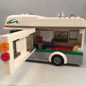 lego-set-review-camper-van-731525